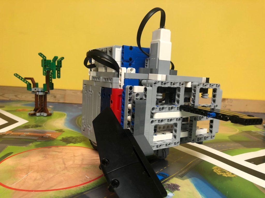 FLL Championship Tournament EV3 Robot